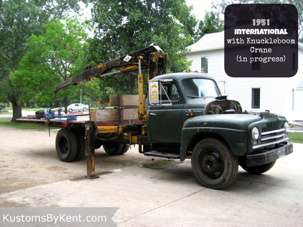 1951 International Truck with Knuckleboom Crane