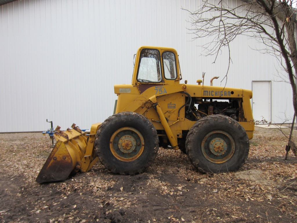 Michigan 75A Payloader