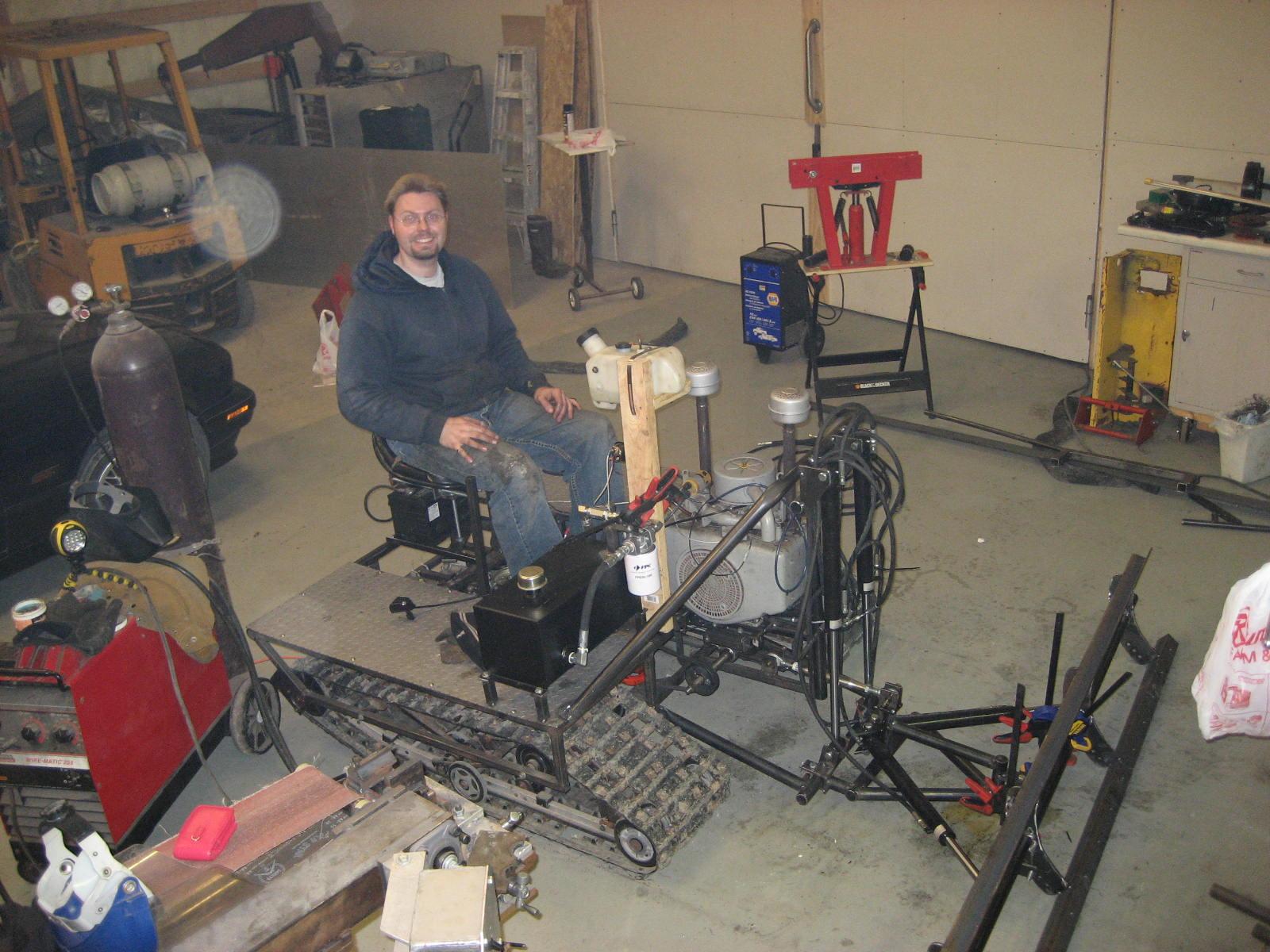Testing the hydraulic system