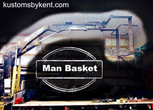man basket on knuckle boom